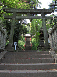 舞岡八幡宮;クリックすると大きな写真になります