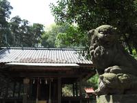 舞岡八幡宮 拝殿;クリックすると大きな写真になります