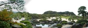 枯山水の庭:3枚の合成写真:クリックすると大きな写真になります