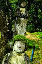 鐘楼近くのお地蔵さん:高源寺;クリックすると大きな写真になります。