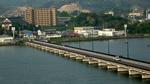ホテルから松浦川を見る:唐津;クリックすると大きな写真になります