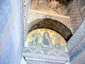 皇帝たちに囲まれた聖母子のモザイク;クリックすると大きな写真になります