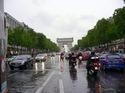 雨の凱旋門;クリックすると大きな写真になります。