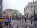 ロンドン・ピカデリーサーカスのエロス像;クリックすると大きな写真になります。