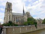パリ・ノートルダム寺院(鐘塔とゴシック塔);クリックすると大きな写真になります。