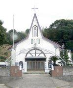 三角形正面が特色の浅子教会:クリックすると大きな写真になります