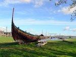 ヴァイキング時代の船?;クリックすると大きな写真になります