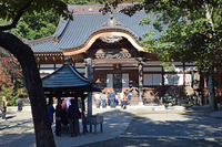 深大寺本堂;クリックすると大きな写真になります。
