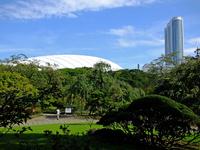 東京ドームと東京ドームホテル;クリックすると大きな写真になります。